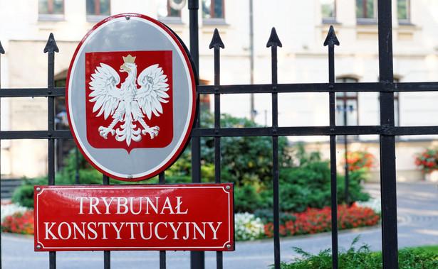 Sprawa sporu kompetencyjnego zainicjowanego wnioskiem marszałek Sejmu Elżbiety Witek pojawiła się w środę wieczorem w spisie spraw na stronie TK