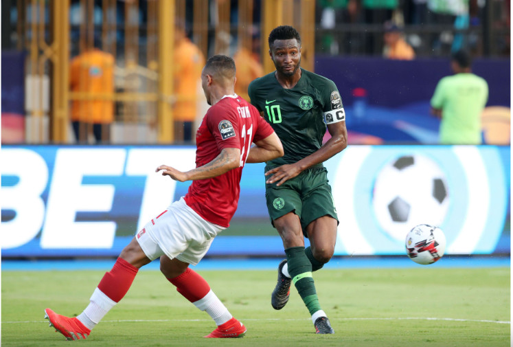 Mikel Obi made no case for himself with an underwhelming performance  (CAF)
