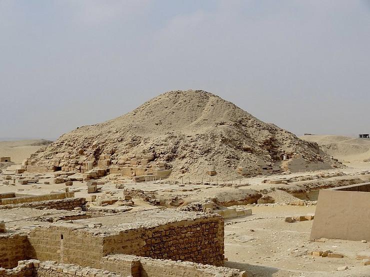 Unasova grobnica