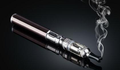 Polscy naukowcy obalają mity o e-papierosach!