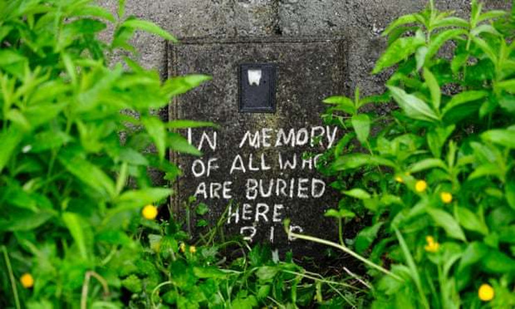 Masovna grobnica beba EPA Aidan Crawley