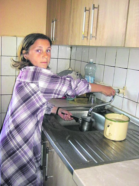 Sara je htela da pokaže kako kuva dobru kafu