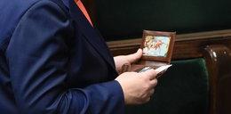 Co premier Szydło ma w portfelu? Zobacz zdjęcia!