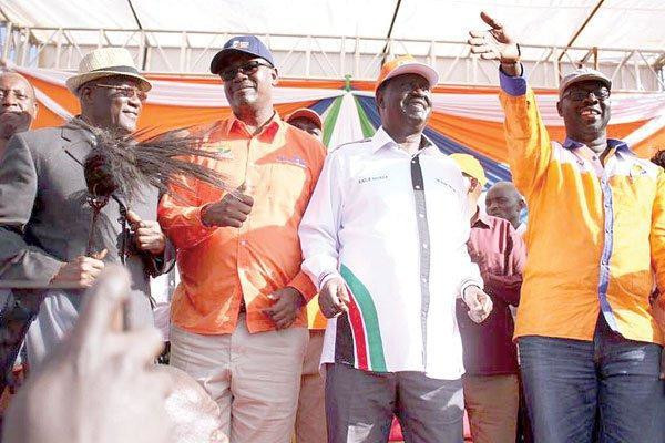 File image of Johnston Muthama, Evans Kidero, Raila Odinga and former Kibra MP Ken Okoth at a campaign rally in Kibra