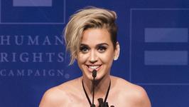 Katy Perry znowu zmieniła fryzurę! Wygląda jak chłopak?