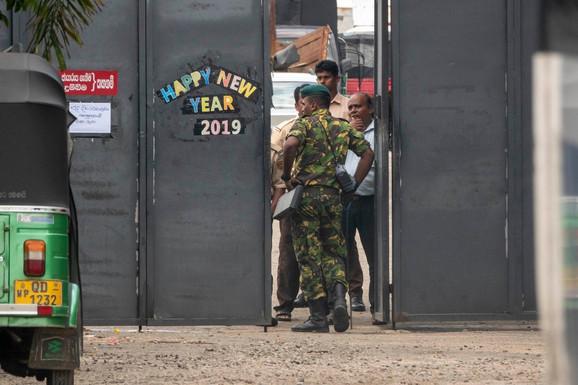 Policija ispred fabrike bakra u vlasništvu Inšafa Ibrahima