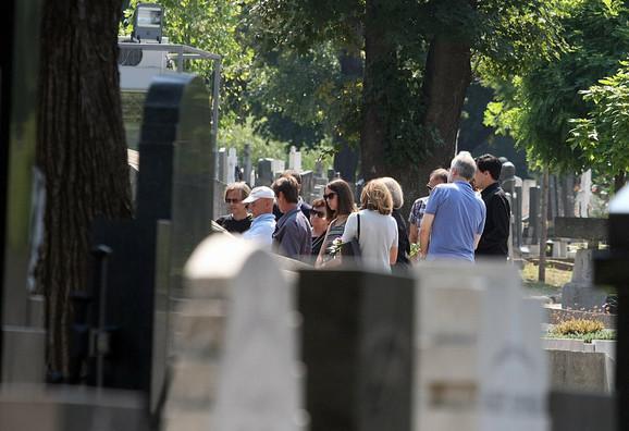 Članovi najuže porodice juče na Novom groblju