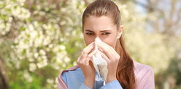 Domowe sposoby na alergiczny katar i łzawienie oczu