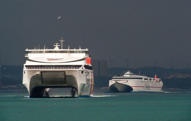 Unia Europejska przyjęła bardziej surowe limity dla obecności siarki w paliwie dla statków.