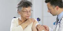 Będzie więcej szczepionek dla seniorów