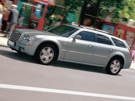 Chrysler 300C Touring 5.7 Hemi - z archiwum Auto Świata