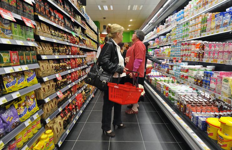 Supermarketi će raditi normalno