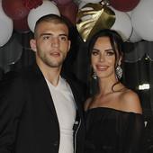 PRAVILA STROGO PROPISANA Na svadbi Bogdane i Veljka sve će prštati od glamura i evo kako zvanice MORAJU DA SE OBUKU