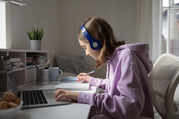 zdalne nauczanie, E-learning