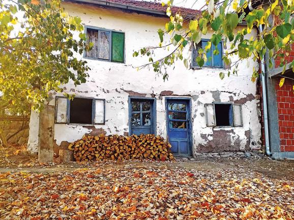 Mnoge kuće su napuštene