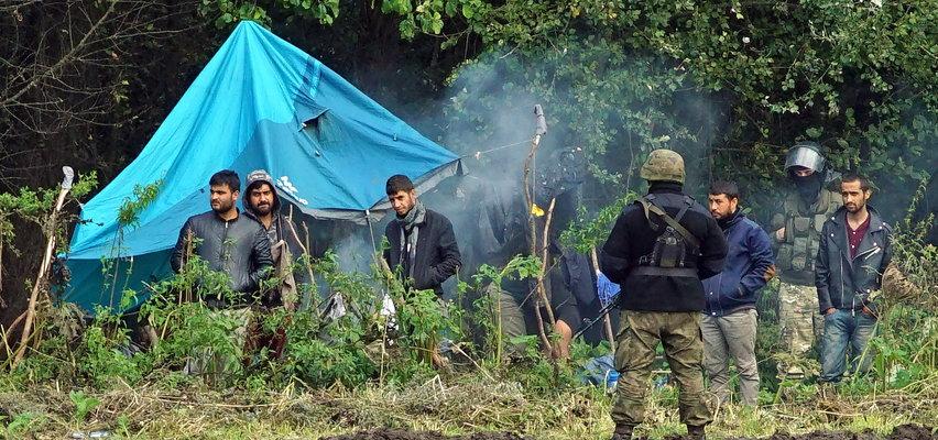 Migranci z Usnarza potraktowani gazem. Siłą forsowali granicę?