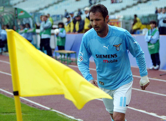 Siniša Mihajlović dok je igrao za Lacio