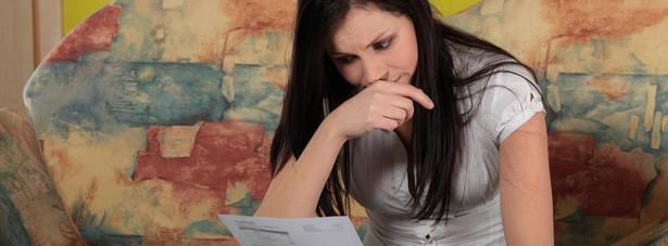 Stosunek płci przy zadłużeniach finansowych wynosi: 51,1 procent do 48,9 proc.