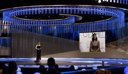 Złote Globy 2021 rozdane. Sensacja w kategorii aktorskiej, mniejszości docenione