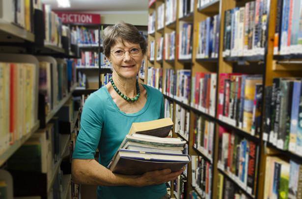 Problem wziął się z tego, że co do zasady biblioteki nie płacą VAT.