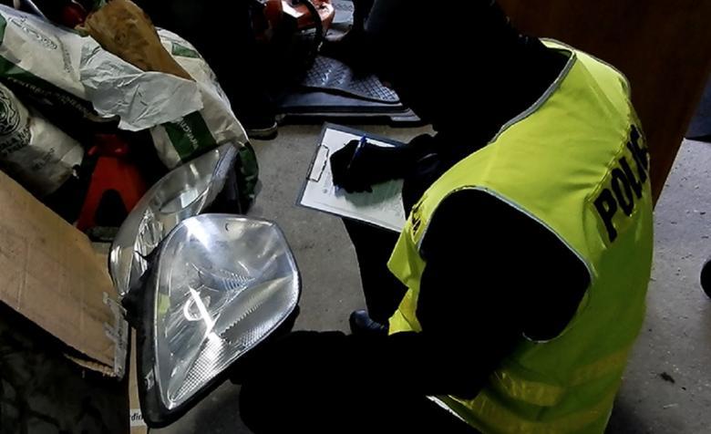Policjanci czasem starają się dotrzećdo osób, które kupiłyczęści od złodziei