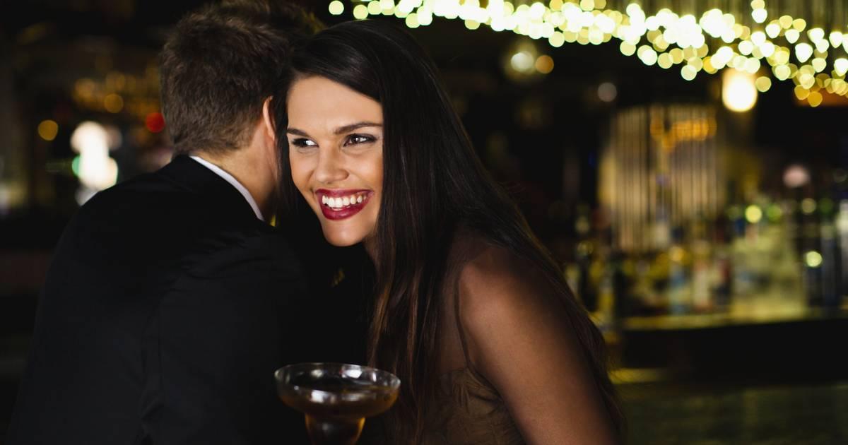 Hogyan tegyünk szerelmessé egy férfit? 5+1 tipp, amivel garantáltan elcsavarhatod kiszemelted fejét