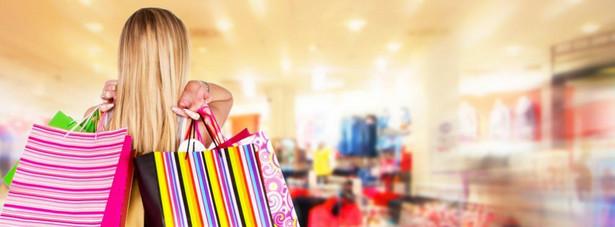 Szacunki są proste: co roku w jednej galerii przynajmniej trzy firmy idą z torbami