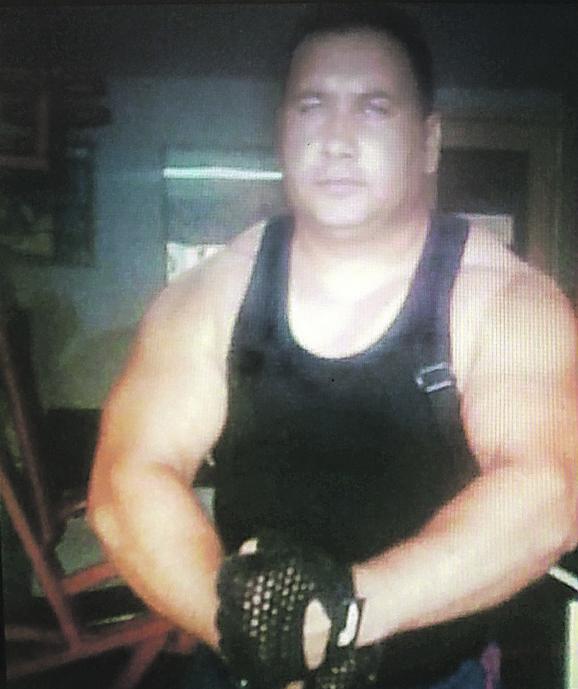 Jastreba  Asanovića preksinoć je iz puške ubio tast Nenad Ronić