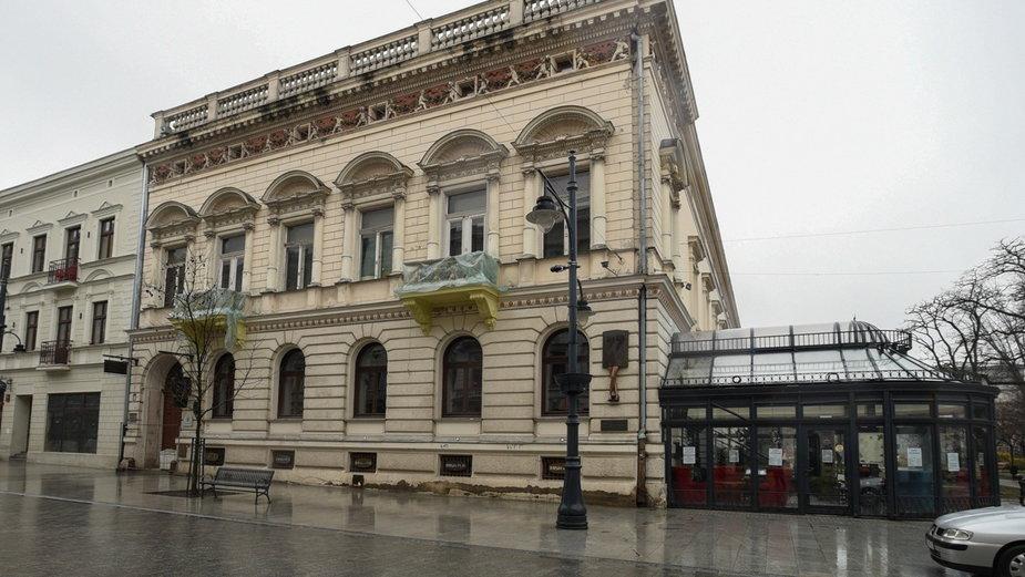 Piotrkowska 77 - Siódemki remont