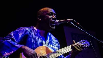 Le chanteur El Hadji Ndiaye paralysé