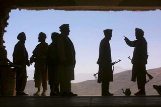 Afganistan: W ataku talibów zginęło trzech urzędników i 15 policjantów