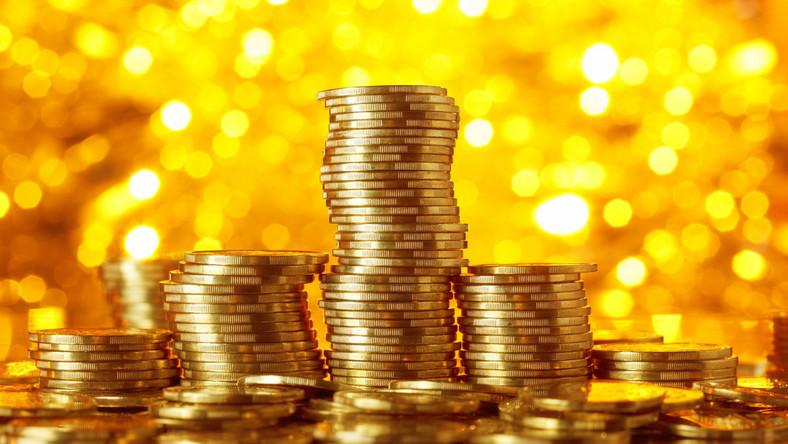 Stos złotych monet