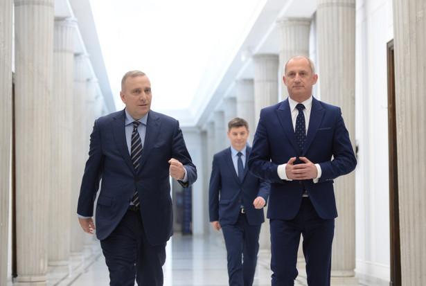 Przewodniczący Platformy Obywatelskiej Grzegorz Schetyna oraz szef KP PO Sławomir Neumann