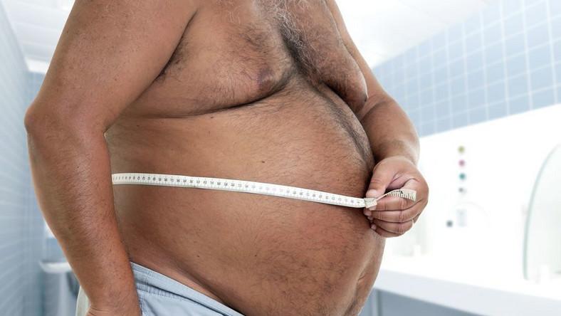 Otyłość jest jedną z najgroźniejszych chorób przewlekłych. Dziś, 22 maja - Europejski Dzień Walki z Otyłością. Święto stanowi okazję ku temu, by zastanowić się nad zmianą trybu życia lub sposobu odżywiania, rozpocząć uprawianie jakiegoś sportu, a na pewno - zażywać więcej ruchu