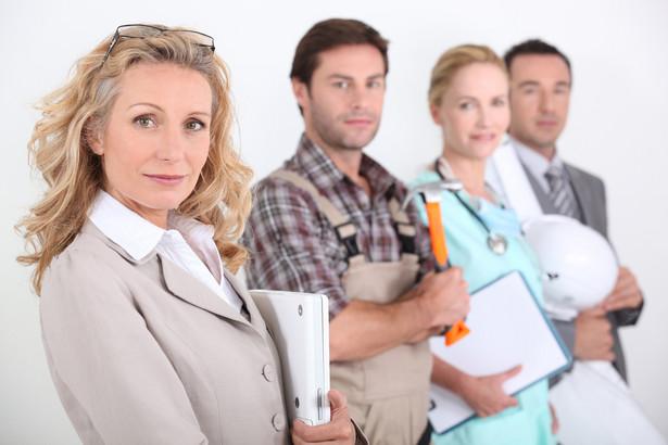 Od 18 stycznia 2016 r. obowiązują nowe przepisy, które określają sposób przekazywania informacji o kwalifikacjach zawodowych pracowników.