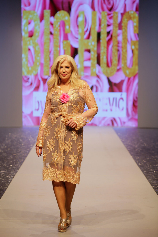 139875_fashion-selection--revija-only-xxx-fashion-selection--ljiljana-perovic-u-modelu-beke-zecevic