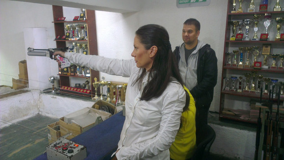Dušica Tasić na strelištu