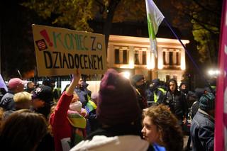 W Warszawie przeszedł marsz w rocznicę orzeczenia TK ws. aborcji
