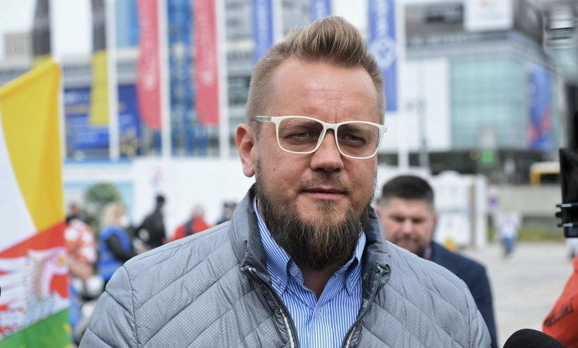 Paweł Tanajno spędził noc w policyjnym areszcie
