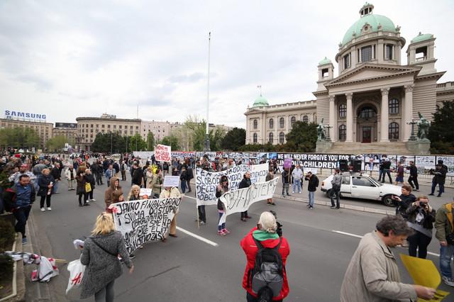 Protest01 foto Uros Arsic