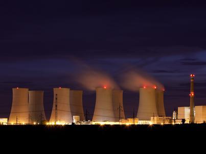 Decyzja o budowie elektrowni atomowej w Polsce ma zapaść do końca marca
