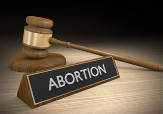 Są wątpliwości prawne, aborcja w zawieszeniu