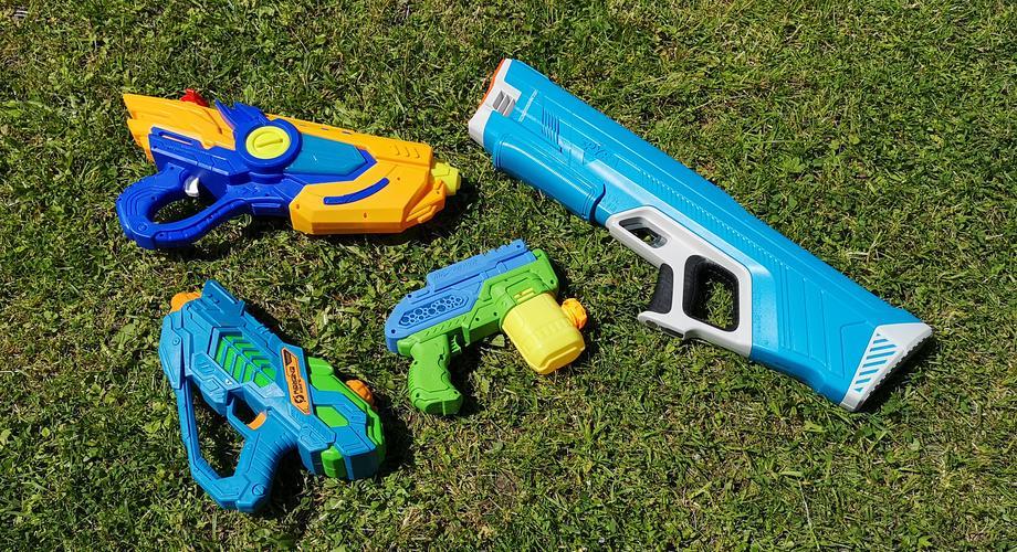 Elektrische Wasserpistolen