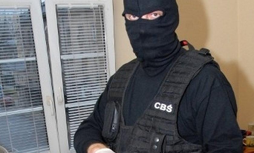 Funkcjonariusz CBŚ w akcji