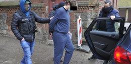 Napadł na kantor Olsztynie i postrzelił dwie osoby. To wiemy o bandycie