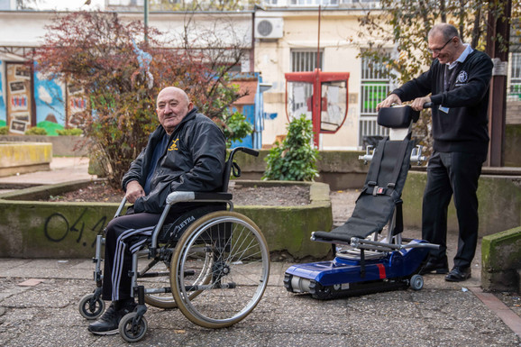 Dragan Žarković, osoba u invalidskim kolicima