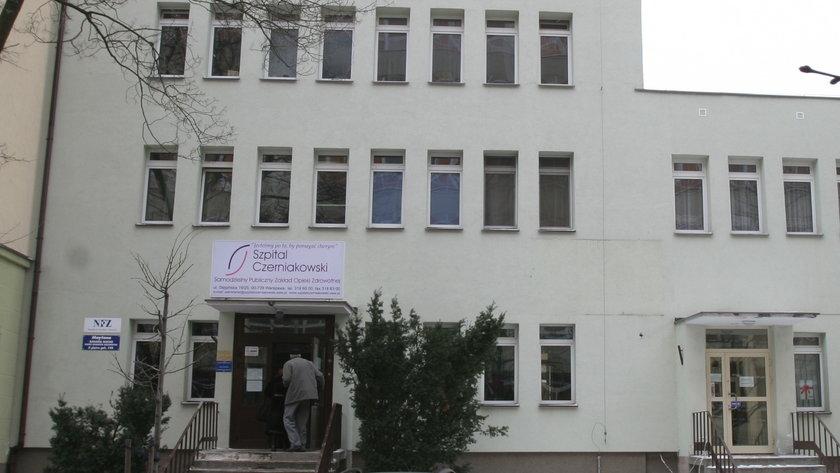W Szpitalu Czerniakowskim w Warszawie zmarła pacjentka zakażona koronawirusem
