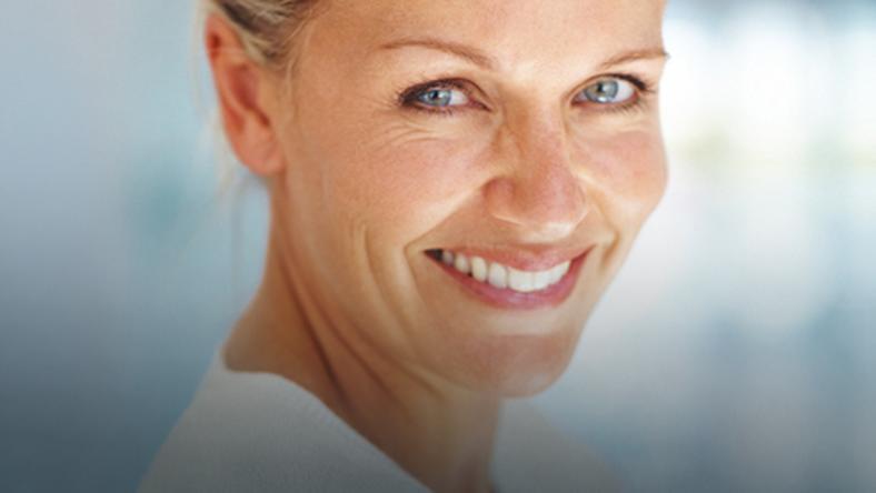 c0966c08c036 Kobieta w wieku dojrzalym może być piękna i szczęśliwa - Uroda