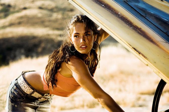 Megan Foks u filmu Transformersi