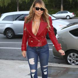 Mariah Carey znów prowokuje. Co za biust!